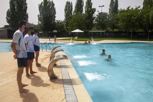 Obren les piscines d'estiu de Tàrrega, Altet i Claravalls