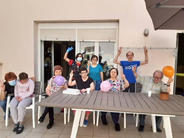 Resultats negatius dels testos PCR realitzats a les 2 llars residències del Grup Alba