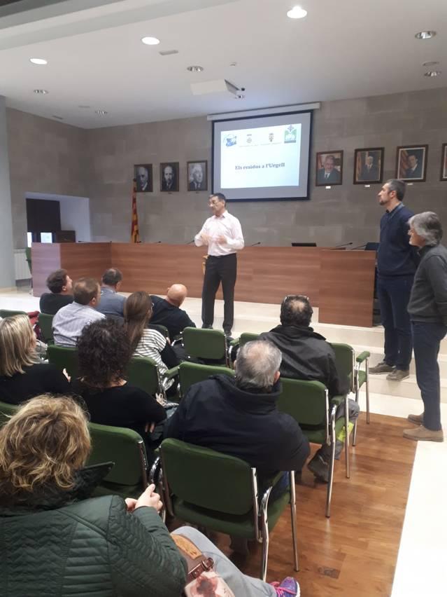 Reunió entre l'Ajuntament d'Agramunt i els industrials per millorar la recollida de residus