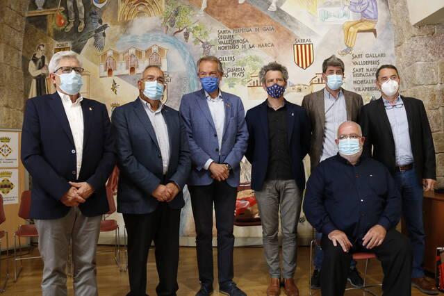 Set comarques d'interior, amb l'Urgell i la Segarra, s'alien en contra de la massificació de renovables