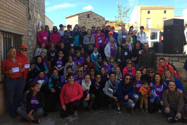 Tàrrega celebra la primera edició de la Caminada de la Dona Rural amb una setantena de participants