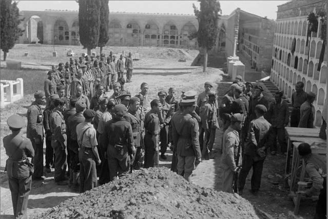 Tàrrega dignifica les tombes dels dos Brigadistes Internacionals que descansen al Cementiri Municipal