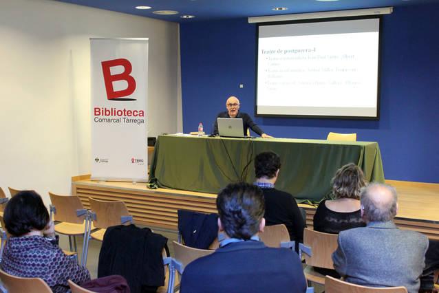 El catedràtic Enric Gallén divulga l'obra dramàtica de Manuel de Pedrolo en una conferència a Tàrrega