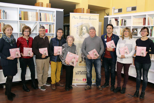 Tàrrega presenta al públic el llibre infantil que divulga la biografia de la llevadora Maria Bernades Guardiola
