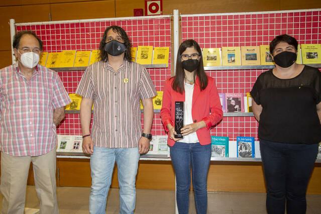 Un treball sobre rondalles de Seròs guanya el Valeri Serra i Boldú