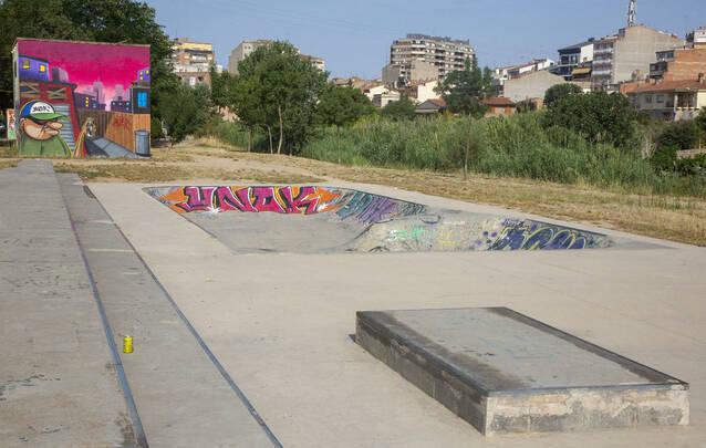 Usuaris de l'skatepark de Tàrrega reclamen millores a la instal·lació