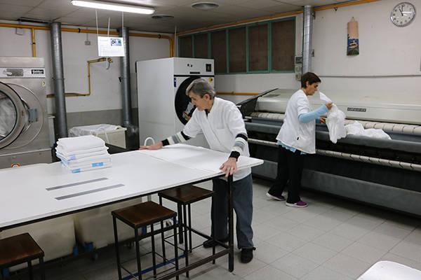La bugaderia de l'Associació Alba renova el concurs amb l'Hospital Arnau
