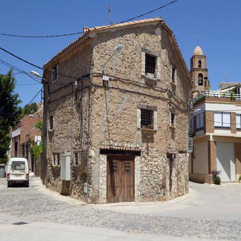 Algerri vol atreure nous veïns i crea una borsa d'habitatges buits