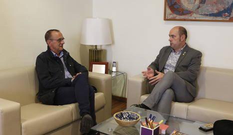 Balaguer aprova apujar un 10% de la taxa de residus i es reuneix amb Pueyo