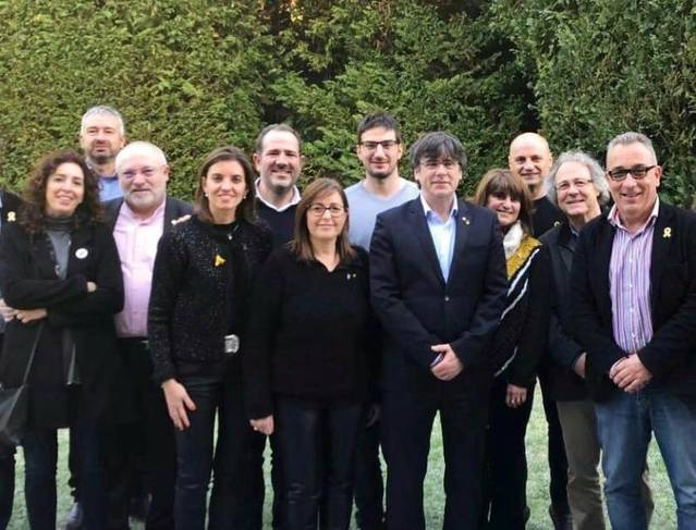 Candidats de JxCAT de la Noguera visiten Puigdemont