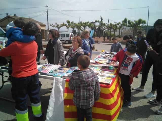 Cubells organitza un concurs de redacció i dibuix per Sant Jordi