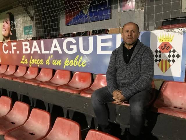 El CF Balaguer presenta Virgilio Hernández com a nou entrenador del primer equip del club