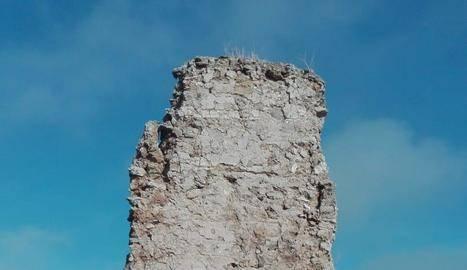 El temporal fa caure una torre medieval de Castelló