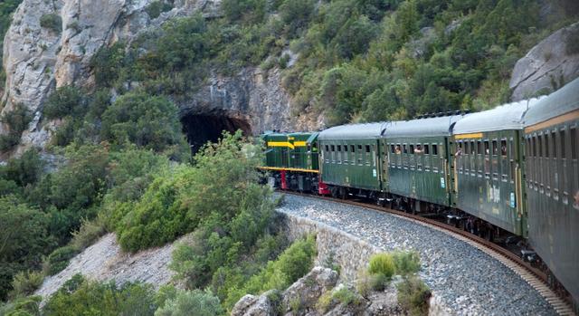 El Tren dels Llacs reprèn el servei un cop aixecat el confinament perimetral comarcal