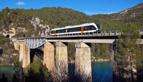 Els nous trens de la Pobla compleixen un any
