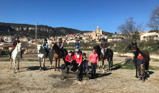 Estades d'equitació de Setmana Santa impulsades pel genet Albert Hermoso