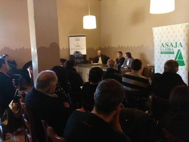 Jornada agrària organitzada per ASAJA Lleida a Ponts per tractar la situació del sector porcí, les novetats de la PAC i el nou decret de dejeccions