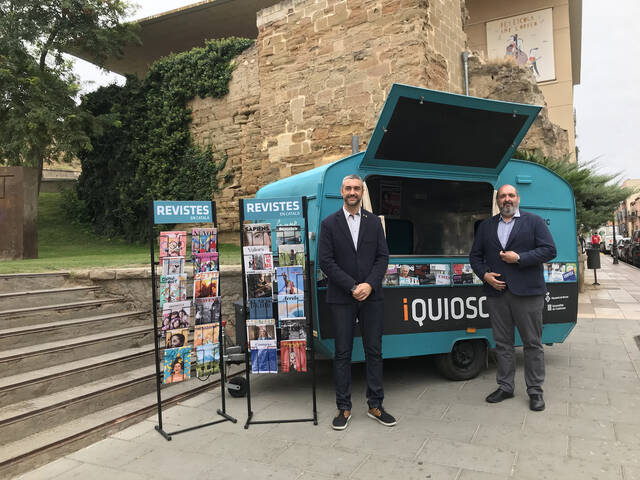 La caravana 'iQUIOSC.cat en ruta' farà parada a 10 pobles de les Terres de Lleida per portar-hi les revistes en català
