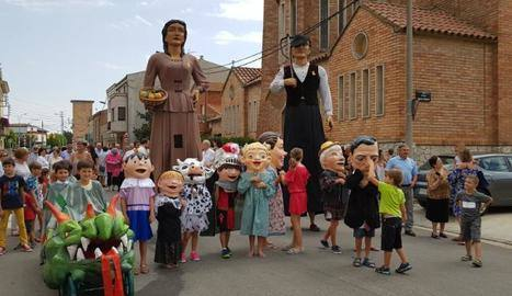 La falta de portadors amenaça les colles geganteres de molts pobles de Lleida