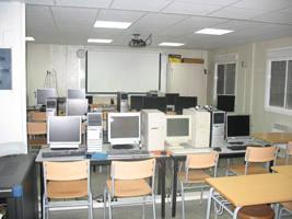 L'Escola d'Adults comença el nou curs escolar  superant les tres-centes matrícules