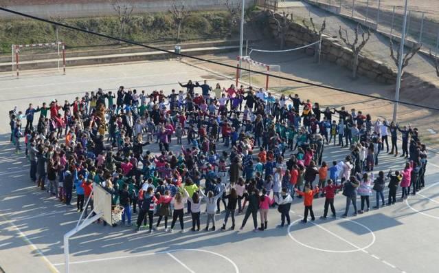 L'escola Els Planells celebra el Dia Escolar de la No-violència i la Pau