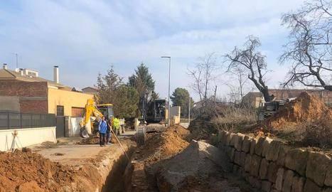Montgai construeix una xarxa de drenatge a la zona del complex esportiu