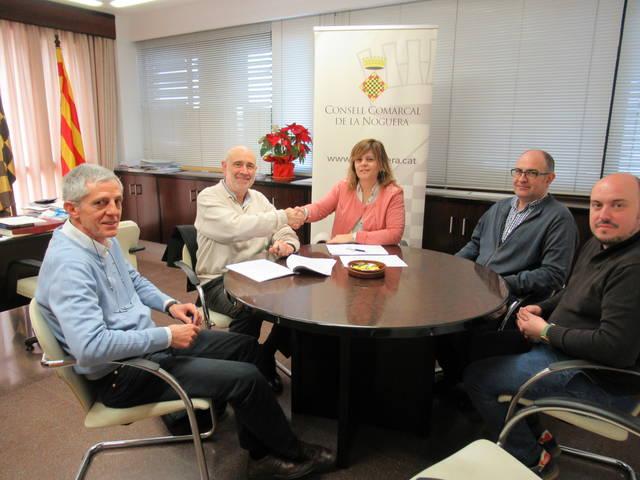 Signatura del contracte per la nova exposició del Parc Astronòmic Montsec