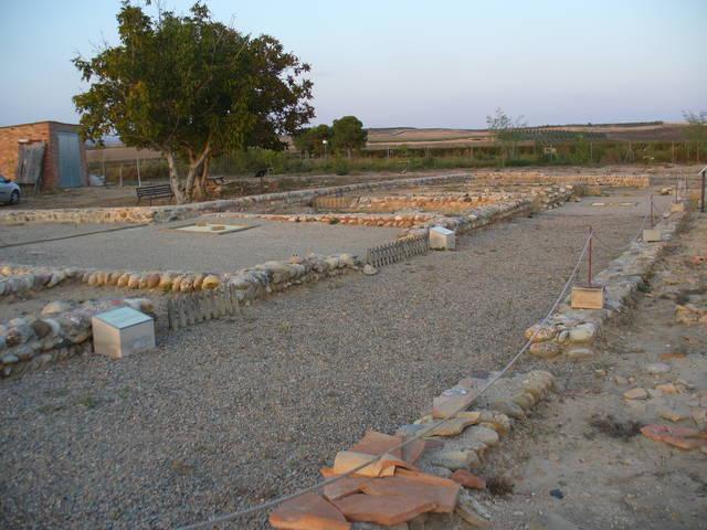 Tren turístic a les restes arqueològiques d'Albesa amb motiu de les Jornades Europees de Patrimoni