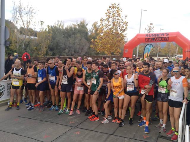Víctor Pueyo i Rosamari Carulla triomfen a la Cursa del Sant Crist