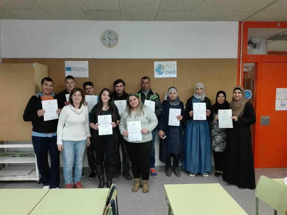 Cursos d'alfabetització en català per millorar la integració