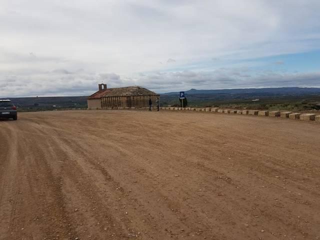 Aitona arranja els accessos a l'ermita de Sant Joan de Carratalà i hi habilita un nou pàrquing