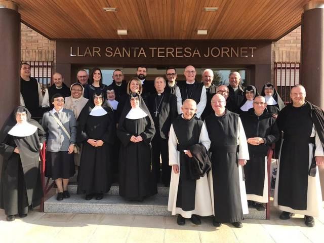 Aitona rep la visita de la comunitat del Monestir de Santa Maria de Poblet