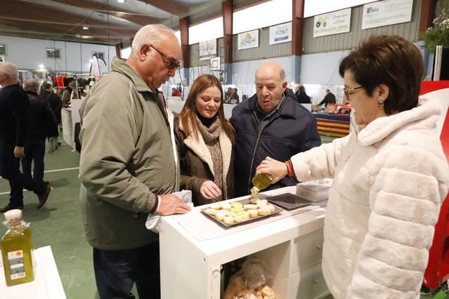 Al voltant de 15.000 persones han visitat aquest cap de setmana la Fira de l'Oli de Maials