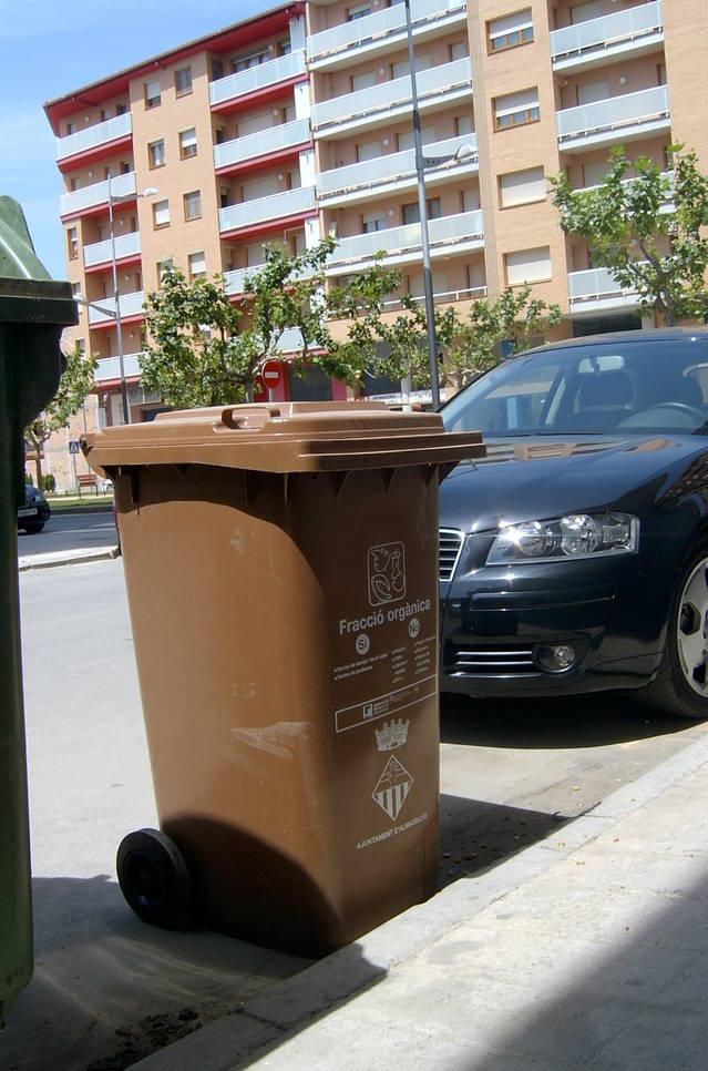 Almacelles treu a licitació el servei de recollida i transport de residus municipals