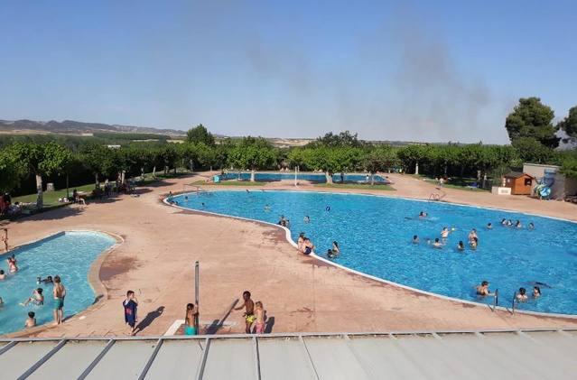 Almenar obre les piscines