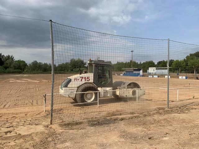 Avancen les obres de reforma del camp de futbol de Torres de Segre
