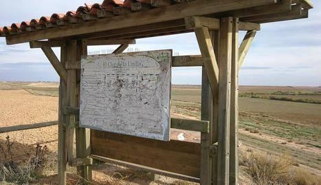 Canvi de plafons al Clot de la Unilla perquè són il·legibles