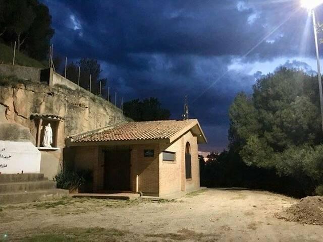 Denuncien vandalisme a l'ermita de la Mare de Déu de l'Olivar d'Almacelles