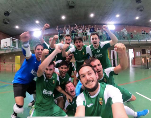 Dos equips de Maials, campions de les seves respectives lligues de futbol sala