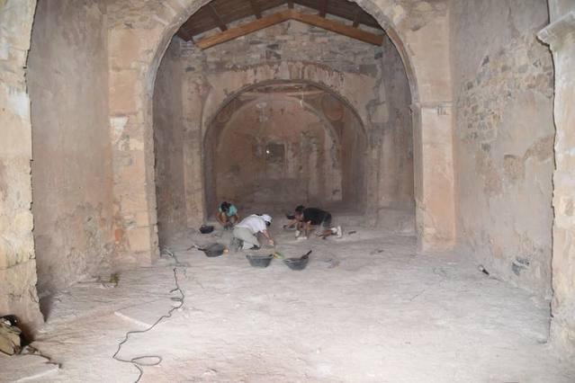 El curs d'arqueologia de la Universitat d'Estiu treballarà a l' Ermita de Sant Jaume de la Granja d'Escarp