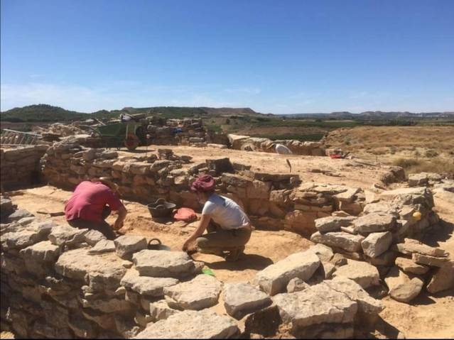 El grup d'arqueologia de la UdL continua excavant el poblat ibèric del Gebut, a Soses