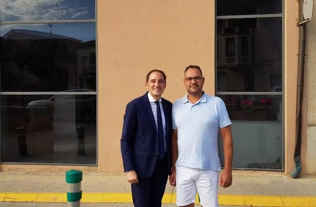 El subdelegat del Govern es reuneix amb l'alcalde de La Portella i l'alcaldessa de Gimenells i Pla de la Font