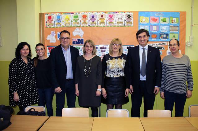 Ensenyament presenta als pares i mares el projecte del nou Institut d'Alpicat, que tindrà a Àngels Claramunt com a directora