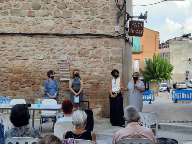 Èxit de participació en la conversa literària amb l'escriptora Maria Barbal a Puigverd de Lleida, en el marc de 'Textures i Lectures'