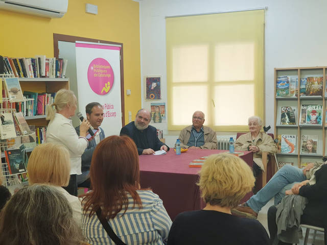 Ferran Sàez deixa petita la Biblioteca de La Granja d'Escarp en els trenta anys de l'equipament