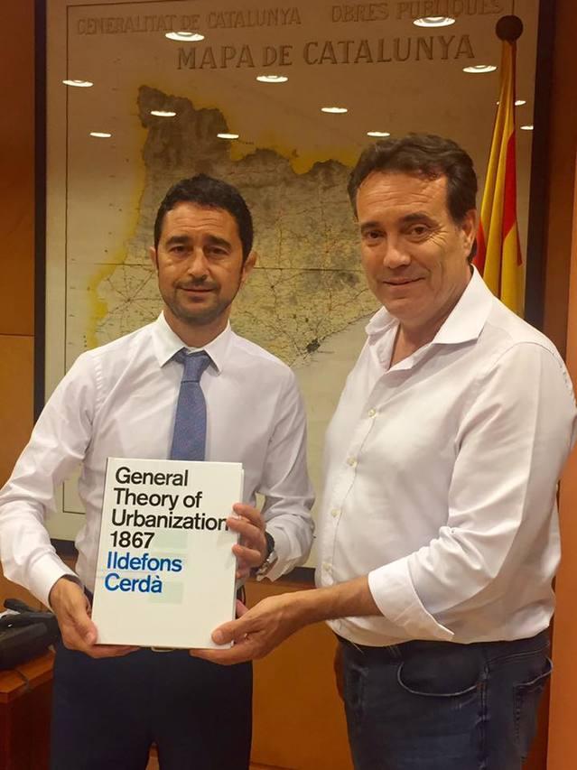 L'alcalde d'Almacelles es reuneix amb el conseller de Territori i Sostenibilitat per tractar sobre la necessitat de disposar d'habitatge social i sobre l'estat del poligon industrial