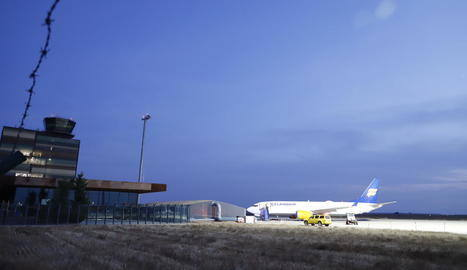 Icelandair aterra a Alguaire