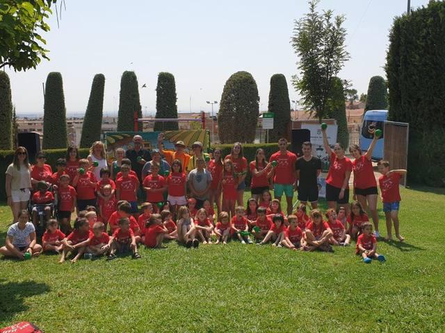 """""""Disfruita-la"""", el programa per incentivar al consum de fruita entre els nens, arriba a Rosselló"""