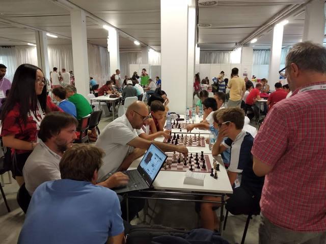 Josep Oms va dirigir quatre jugadors a l'Europeu d'Edats de Bratislava