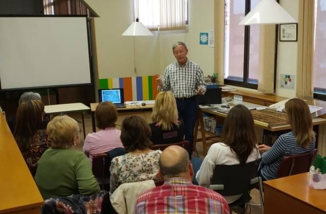 La Biblioteca d'Alguaire va celebrar una activitat sobre el passat i el present de l'edició dels llibres
